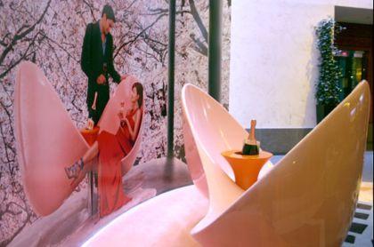 Veuve Clicquot Loveseat - Karim Rashid